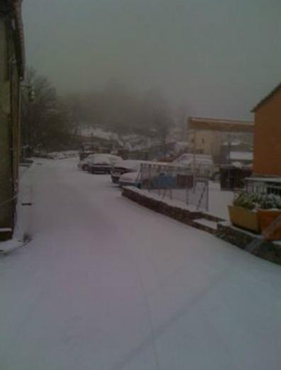 u-caffe-sous-la-neige